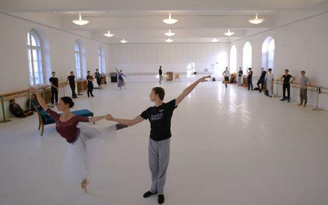 Premiere MacMillan – McGregor – Ashton mit dem Staatsballett | 31. Okt 17 Wiener Staatsoper